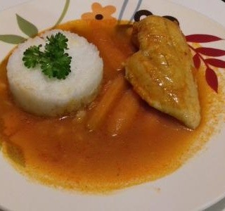 Kuřecí prsa v omáčce s mrkví a rýže Basmati