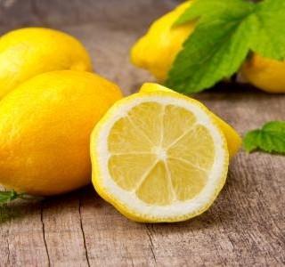 Nepečené citronové cukroví