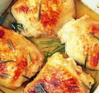 Pečená kuřecí stehna s parmezánem recept