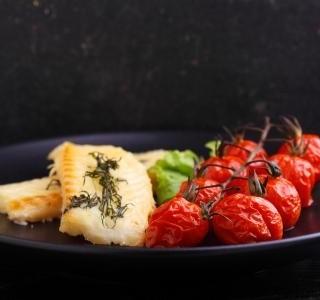 Pečená treska s rajčaty