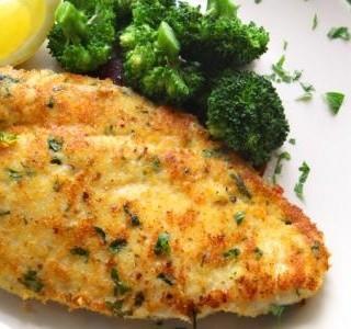 Pikantní kuřecí řízečky s brokolicí
