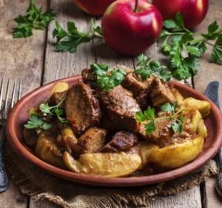 Pikantní maso s česnekem recept
