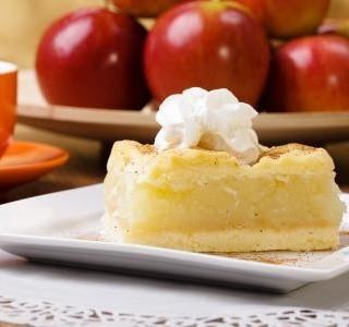 Piškotový jablečný koláč