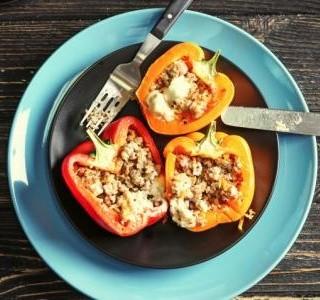 Plněné papriky s quinoa