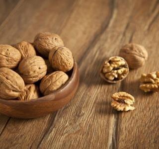 Rychlý moučník z ořechů