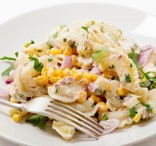 Rychlý salát z těstovin