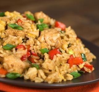 Rýže zapečená s kuřecím masem