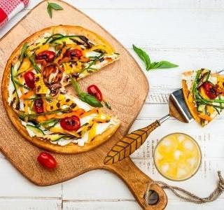 Socca pizza se sýrem feta