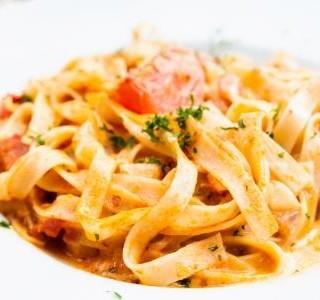 Špagety s italskou omáčkou