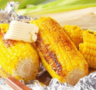 Šťavnatá grilovaná kukuřice