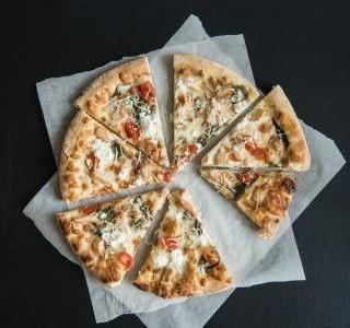 Těsto na bezlepkovou pizzu