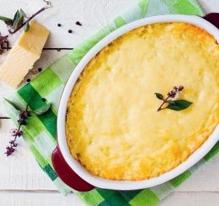 Zapékané brambory se sýrem recept