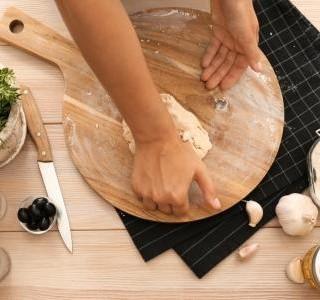 Focaccia dvakrát jinak: vyzkoušejte toto výborné italské pečivo