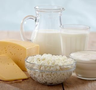 Jak je to vlastně s mlékem a proč někteří z nás trpí intolerancí laktózy ?