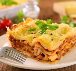 Perfektní lasagne? Vyzkoušejte tajnou přísadu Jamieho Olivera!