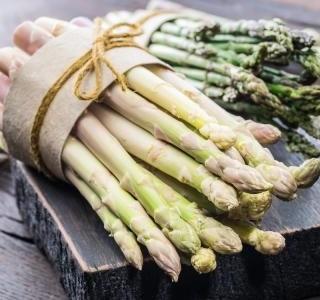 Tipy a triky jak nakupovat, připravit a vařit chřest