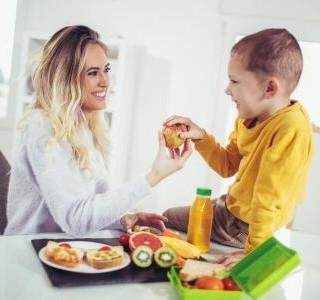 Udržujte dětský hlad na uzdě s našimi tipy na zdravou svačinu…